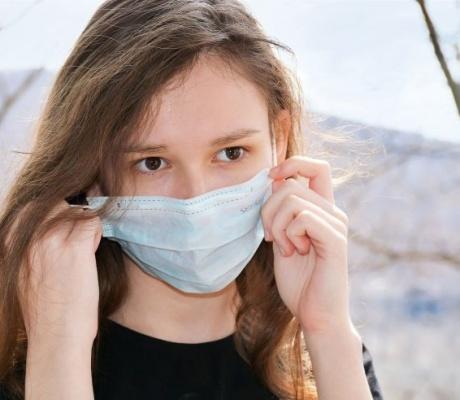Velike tehnološke tvrtke uvjetuju povratak na posao cijepljenjem