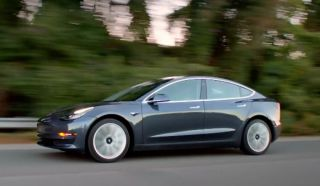 Tesla otvara prednarudžbe za Model 3