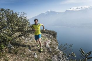 GARMIN FĒNIX 3 HR SAPPHIRE: Vrhunski sportski GPS sat