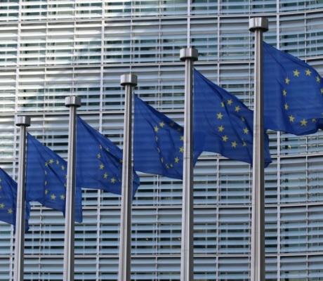 Tehno divove može progoniti bilo koja regulatorna agencija u EU