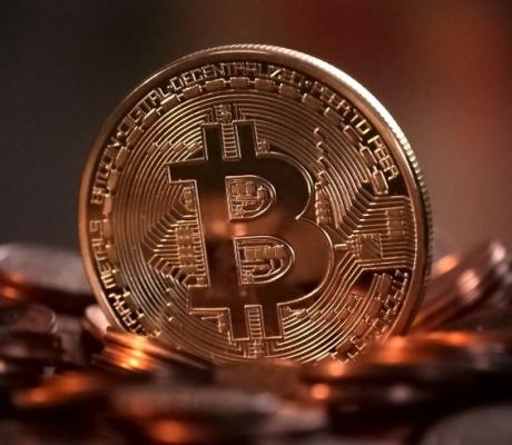 Na pomolu je globalni regulatorni okvir za kriptovalute?