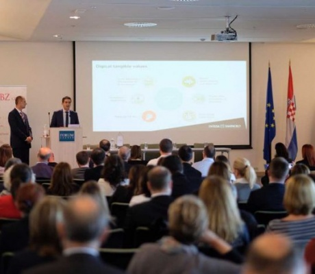 PBZ i Intesa Sanpaolo predstavili nove usluge digitalnog bankarstva